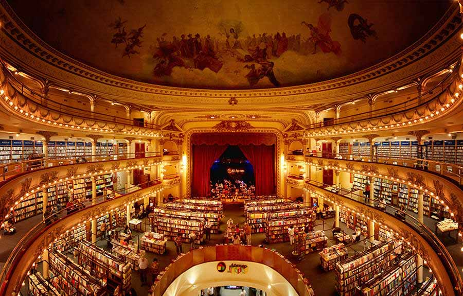 100-year-old-theatre-turned-into-a-magnificent-bookstore_03