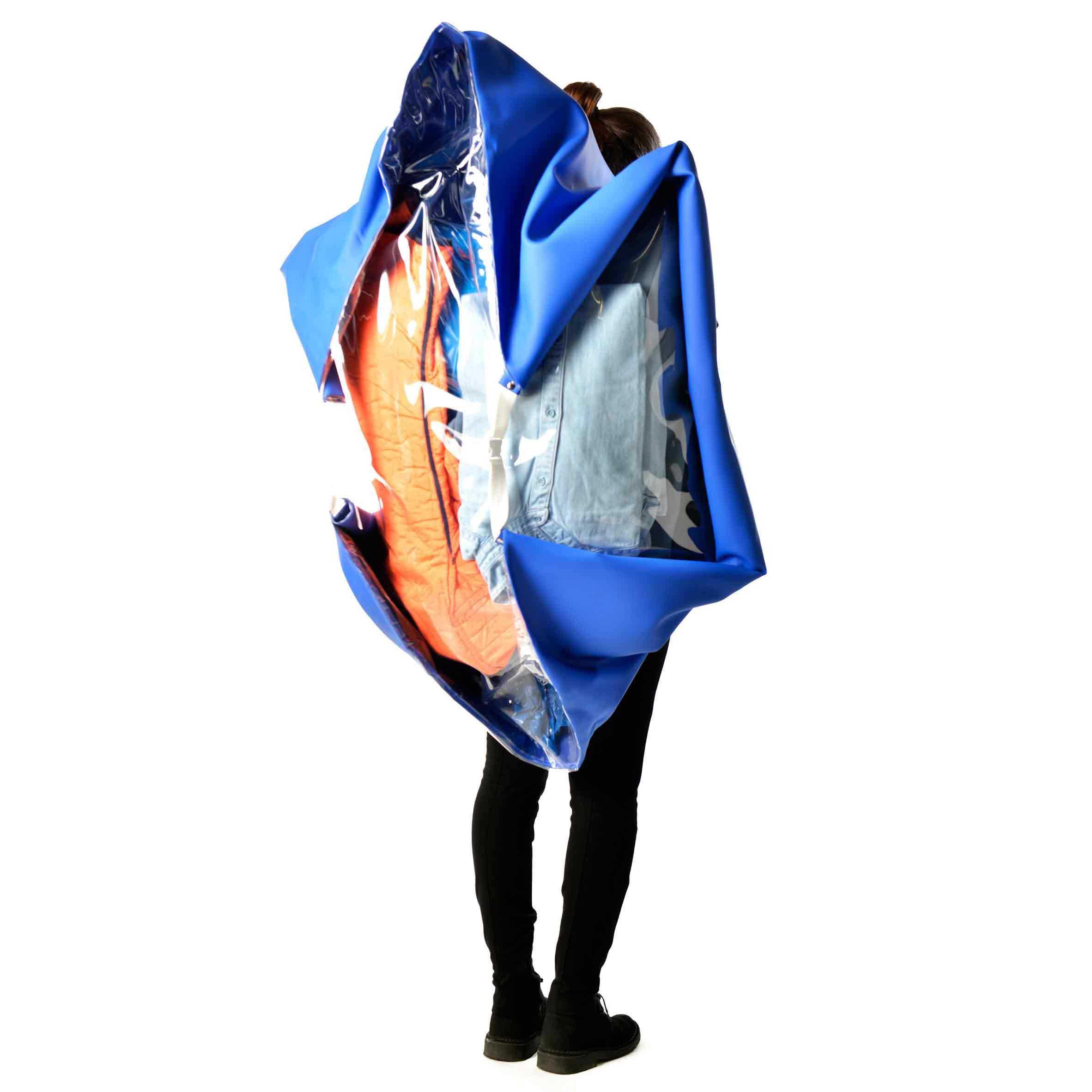 increase-descrease-backpack_01