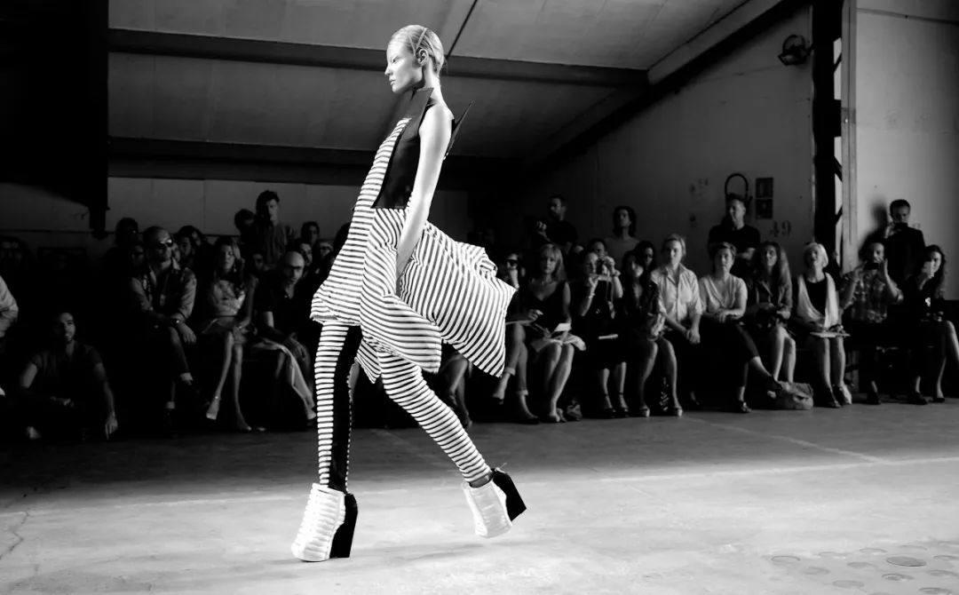 黑与白,最简单,也是最复杂的设计